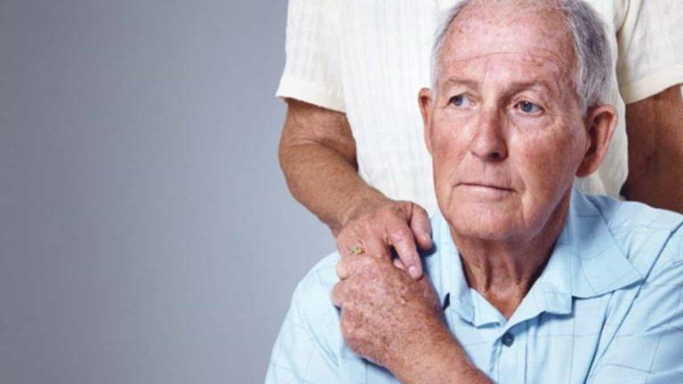 جميع أنواع أعراض مرض الزهايمر، المبكرة، المعتدلة، والمتقدمة